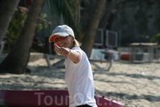 Наш симпатичный гид Наташа в поездке в Национальный морской парк Ангтхонг.
