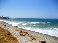 Пляжи самые разнообразные: и песок есть, и галька)