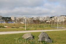 Вид на кампус со стороны набережной
