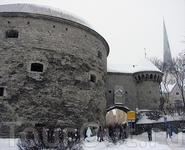 А с утра культурная программа - прогулка по зимнему Таллину. Башня Толстая Маргарита. Была построена для защиты города от нападения с моря, а еще для того, чтобы производить впечатление на прибывающи