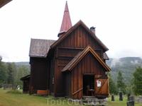 Одна из деревянных церквей Норвегии