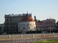 Башня в центральной части города