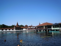 Озеро Хевиз с целебной водой
