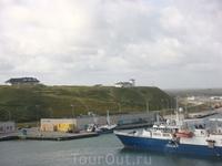 Хансхольм. Порт, отсюда мы отплываем в Исландию.