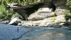 Река Белая в районе Хаджохской Теснины