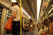 Метро в Гонконге без перегородок