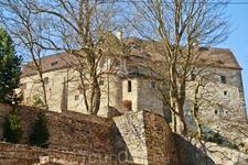 Внешний вид крепости Локет.
