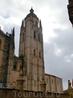 Началось возведение этого грандиозного сооружения в 1525 г. недалеко от замка Алькасар, и в течение почти 200 лет в нем постоянно шли работы, влияющие ...