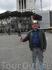 недалеко от памятника Виктору-Эмануэлю 2-му 3
