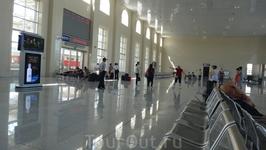 Новый ЖД вокзал в г.Фуюань, открыт в 2013 г. Наш начальный путь следования в Бэдайхе.
