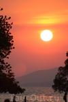 Первый закат солнца В Паттайе20 января 2011 года.