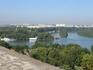 Это Белград. Там где в Дунай впадает река Сава.