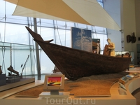 А вот кстати и морской музей Шарджи. Здесь рассказывается история добычи жемчуга в заливе