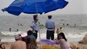Полиция Бэдайхе следит за порядком на пляже
