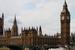 Здание парламента и знаменитый Биг - Бен.Имя Биг- Бена окружают интересные истории. Официальная версия: колокол назван в честь начальника строительных работ сера Бенджамина Хола. За свои внушительные
