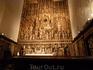 Главный алтарь в соборе.