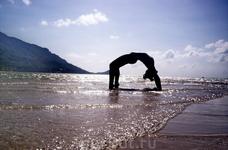 пустынные пляжи Ко Паньяна и йога)