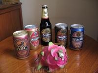 """Камбоджийское и сингапурское пиво stout не хуже Гиннеса, на переднем плане патахайа-""""драконий фрукт"""""""