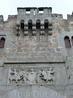 Тут же рядом находится еще один дворец, один из самых старинных - palacio Dávila. Он состоит из трех частей, относящихся к разным эпохам, самая старая ...