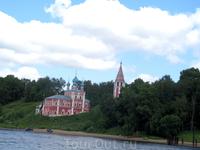 Вид Казанской (Преображенской) церкви с Волги