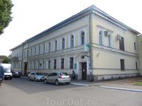 """Это здание используется """"по назначению"""". Построено для Волжско-Камского банка в 1840-1870 г.г."""