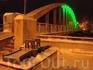 Арочный мост «Каарсильд».  До него, больее чем полтора столетия, соединял берега реки Эмайыги знаменитый Каменный мост (макет впереди). А в 1959 г. построен ...