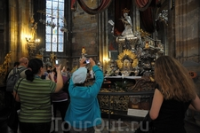 Внутри собора св. Вита