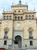 В здании находится большой музей, в котором хранится оружие еще со времен императора Карлоса I (XVI век) и произведения искусства.