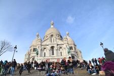 Храм «святое сердце»Базилика Сакре кёр была названа так в честь католического праздника Святого Сердца Христова (Sacre Coeur в переводе с французского ...