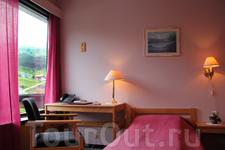 номера в отеле Invik Fjordhotel скромные, но вид из номера потрясный, особенно с видом на Нордфьорд