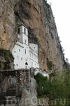 Монастырь Острог.