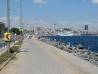 Дорога в порт и центр города