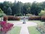 Однако не только охотничьими трофеями и коллекцией оружия славится Конопиште. Франц Фердинанд вокруг замка построил и большой парк в английском стиле, ...