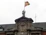 Одно время в этом дворце была тюрьма, где в свое время сидели и Лопе де Вега, и знаменитый разбойник Луис Канделас, и многочисленные жертвы святой инквизиции ...