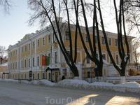 Дом губернатора. Ныне Художественный музей