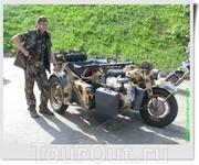 Первые партии BMW R75 поставлялись в Северную Африку для оснащения армии генерала Роммеля, поэтому вскоре к мотоциклу прикрепилось неофициальное название ...