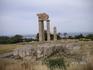 Акрополь. Колонны храма Аполлона Пифийского