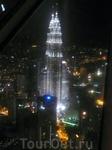 Вид на башни  с  телебашни  вечером