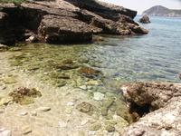 Маленький пляжик рядом с Glyko beach