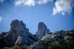 Горный массив Монсеррат выглядит очень красиво. Причудливые формы гор напоминают различных великанов или каких-нибудь сказочных героев. Ну, судите сами ...