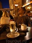 Рига. Кафе на площади перед церковью