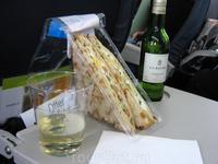 Еда на борту.
