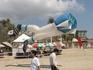 Международный фестиваль воздушных змеев.Летающие ноги.