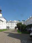 Внешний двор главного монастыря