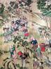 Главная ценность дворца - это чайная комната, стены которой украшены тончайшей рисовой бумагой, расписаной сценами жизни китайского феодала.