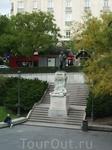 Мадрид. Музей Прадо. Статуя Гойи