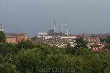 Вид на город с бастиона Сан Филиппо.