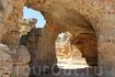 Руины терм Антонина поражают воображение, ведь это одно из крупнейших курортных комплексов того времени. Пр размерам эти термы уступают лишь термам Траяна ...