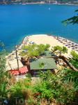 многие пляжи в этих местах имеют не удобный вход в море... но это вполне компенсируется красотами и отличной инффраструктурой курортов