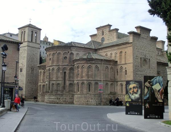 Церковь Сантьяго дель Аррабаль (Iglesia De Santiago Del Arrabal) – ныне  христианский храм в Толедо, изначально возводился  как вестготская святыня.  В 1245-48 гг. по приказу короля Альфонса II на этом месте, уже из арабской мечети, была создана церковь ...